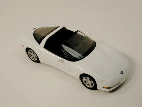 Coupe Artic White 97 / Product Number: PM127