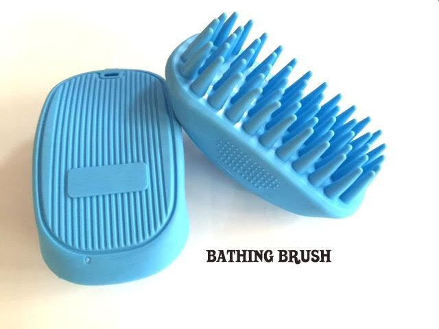 Bathing Zoom Brush - Barks and Licks