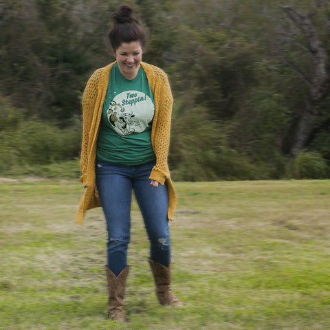 two steppin vintage heather green unisex tee