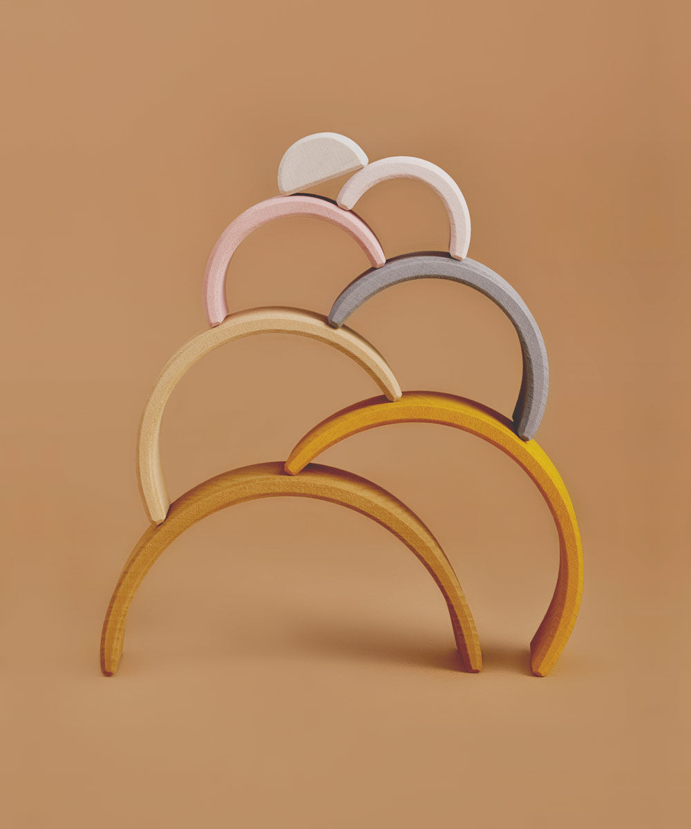 Wooden Arch Stacker