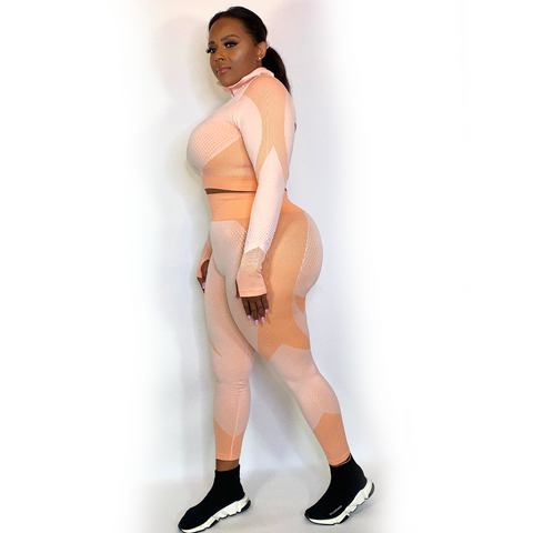 BADDIE TWO PIECE ACTIVEWEAR SET-PEACH