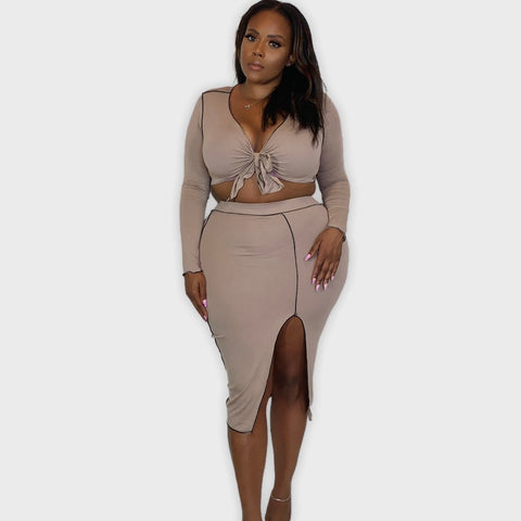 CONTRAST TWO PIECE SPLIT MIDI SET-MOCHA