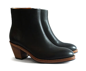 Women's Goodyear Welted Zip Boot Black