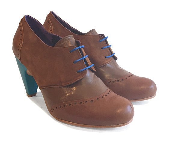 Women's MV2 Lace-up Shoe Tan