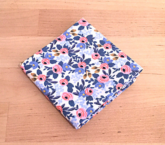 Accessories - Pocket Square - Floral Pattern White