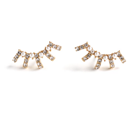 Lover's Tempo Earrings Radiant Pearl Climber