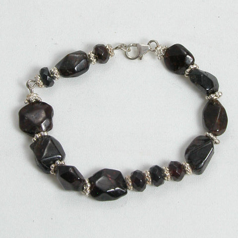 Red Garnet Gemstone and Silver Bracelet (B0101)