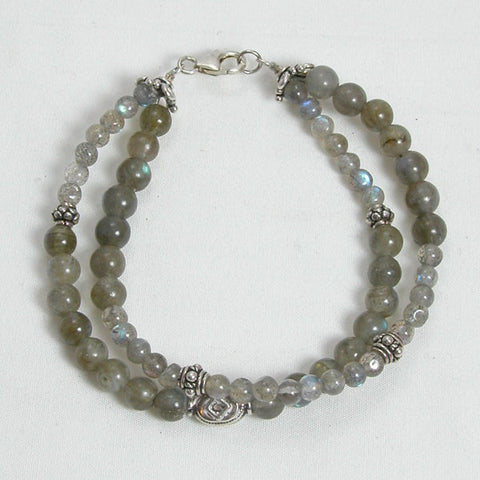 Labradorite Gemstone and Silver Bracelet (B0061)