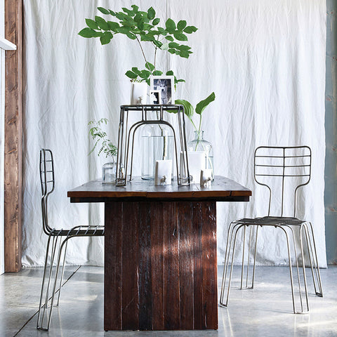Unysn Elm Dining Table