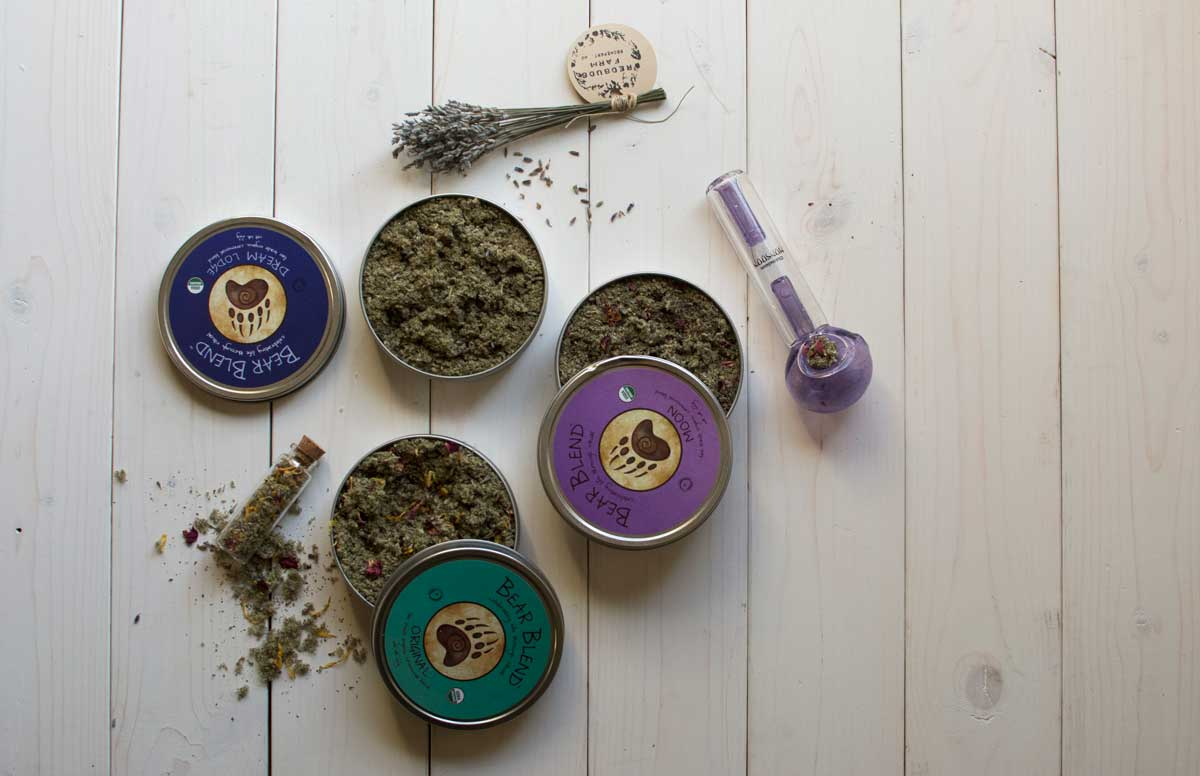 Bear blend herbal blends with smoking pipe