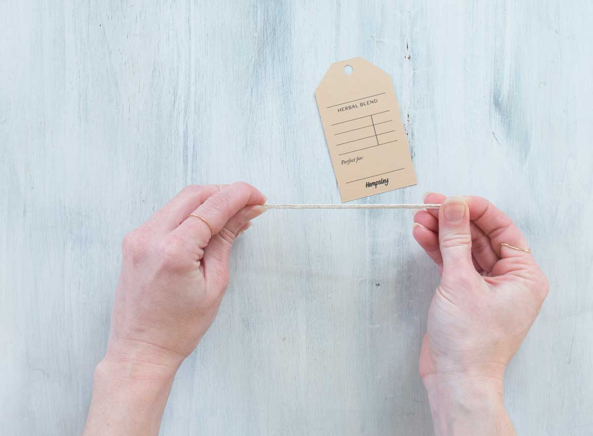 How to attach a tag to your homemade teabag