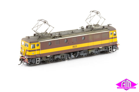 46 Class Locomotive 4635 Reverse Weathered