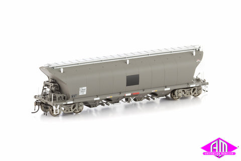 NGKF Grain Hopper, Patch Job Weathered Grey without Roof Walks, 4 Car Pack NGH-13