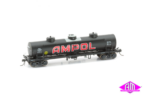 TULLOCH 10,000 Gallon Rail Tank Cars 3 Pack 1970 Pack G