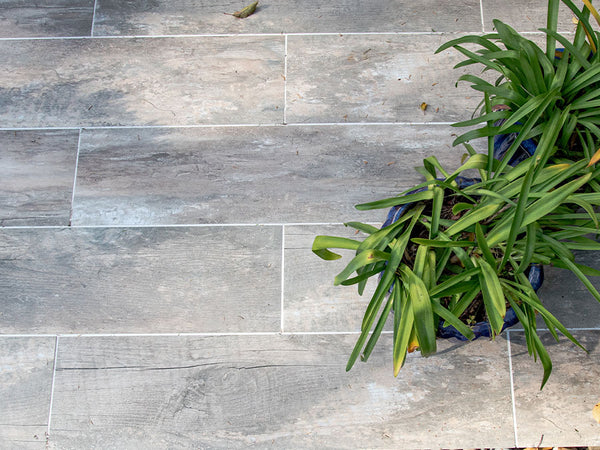 A GUIDE TO LAYING PORCELAIN PAVING