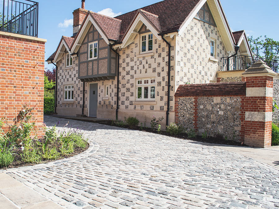 Reclaimed granite street setts driveways