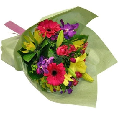 Delightful Bouquet of 20 Mixed Flowers 