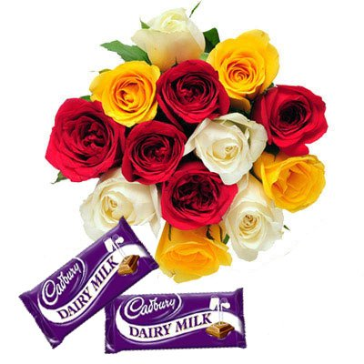 12 mixed Roses hand bunch