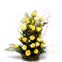 20 Yellow Roses basket arrangement.