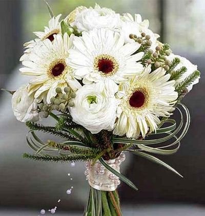 Bouquet of 12 Stem Flowers (Roses and Gerbera mixed)