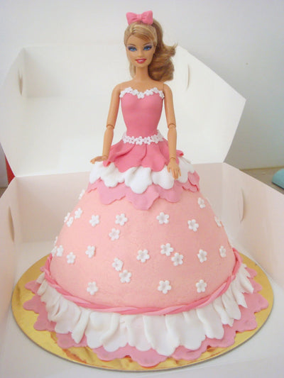 Gorgeous Doll cake.