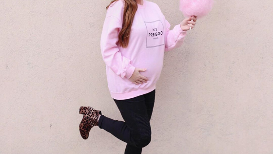#BumpStyleApproved: Keep Your Bump Warm and Cozy in This Customizable Preggo Sweatshirt