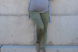 #BumpStyleApproved: Comfortable maternity leggings is a must have for expecting mama Jody!