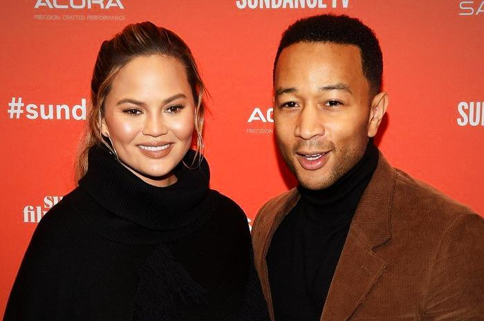 Over the Bump! Chrissy Teigen Shares Video of Hubby Helping Into Maternity Leggings