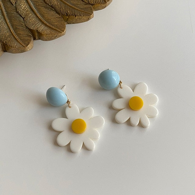 Blue White Daisy Flower Drop Earrings