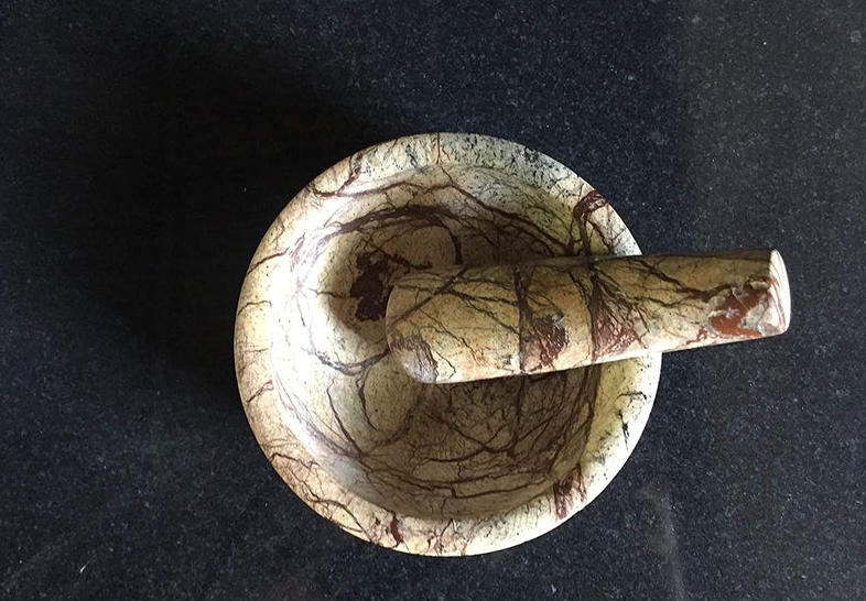 Marble mortar Mortar and pestle Housewarming gift Gift Kitchen and dining Grinder Eco friendly Herb grinder Witchcraft Wiccan Altar