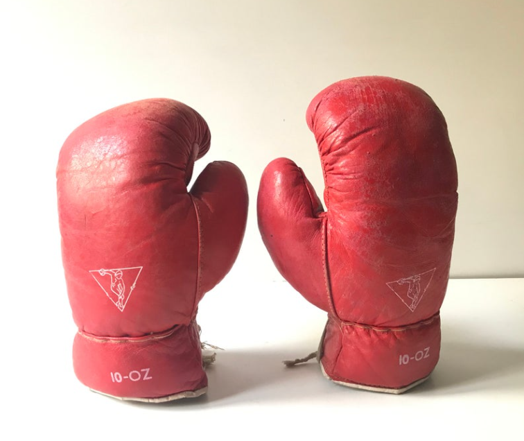 Vintage 10 OZ Red Boxing Gloves - Box - Sports Collectibles