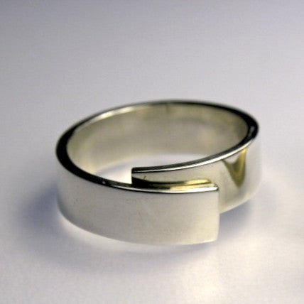 Narrow Coiled Ring