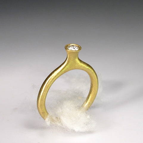Amphora Solitaire Ring