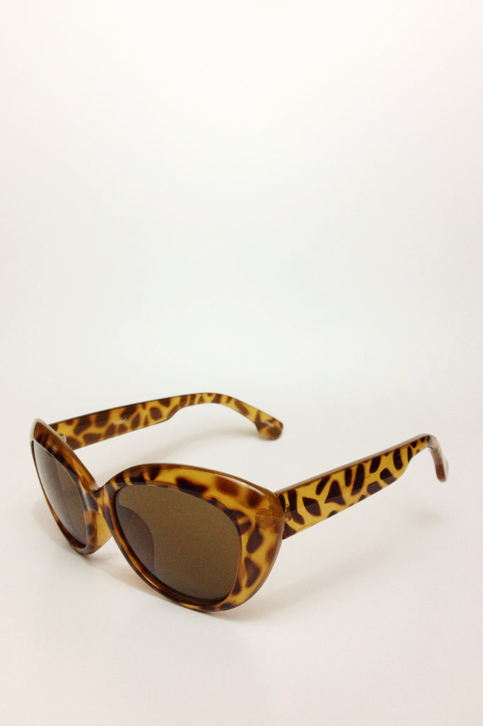 sunglasses cat eye tortoise shell