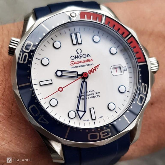 "RUBBER STRAP FOR OMEGA® SEAMASTER DIVER 300M ""COMMANDER'S WATCH"" CO-AXIAL 41MM"
