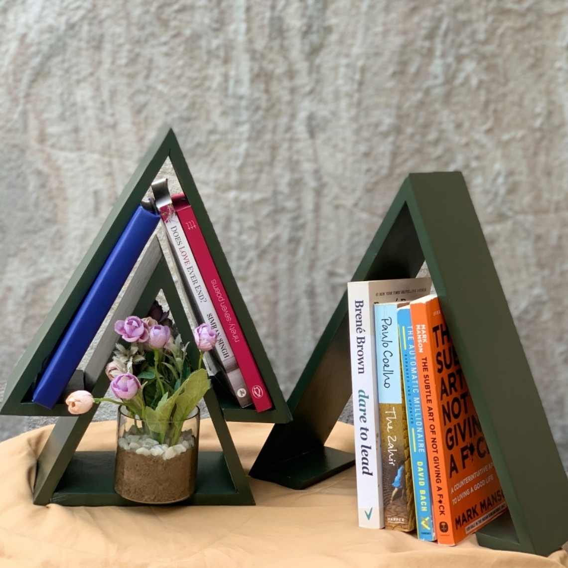 Store your books in a tree Bookshelf Set/3