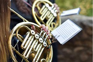 french-horn-music
