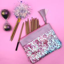 Load image into Gallery viewer, Glitter sequence pouch with tassel
