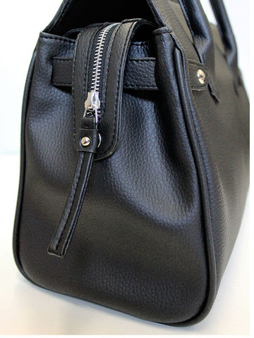 City Bag Zipper Detail