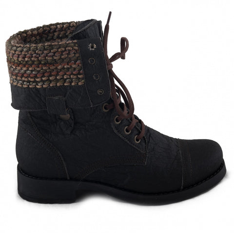 MAYA boots by NAE made from pineapple leaf fibers