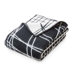 Icelandic Designed Wool Blanket - Sentiment Black/White - Norr