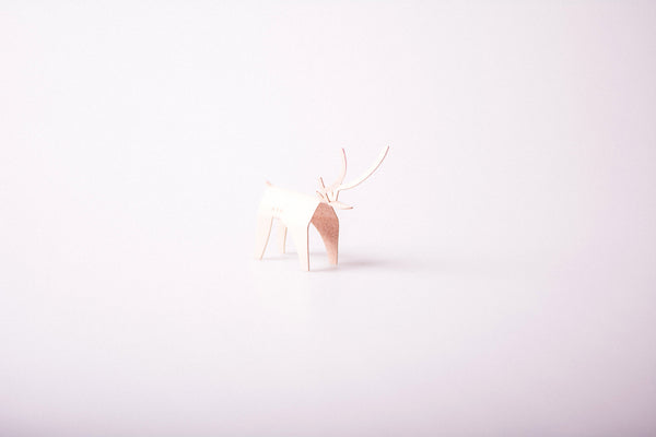 Leather Arc Deer Minimal Xmas Card - Nude