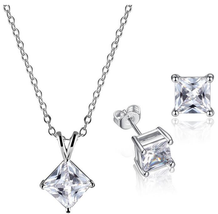 Ladies Swarovski Element Necklace and Earring Set
