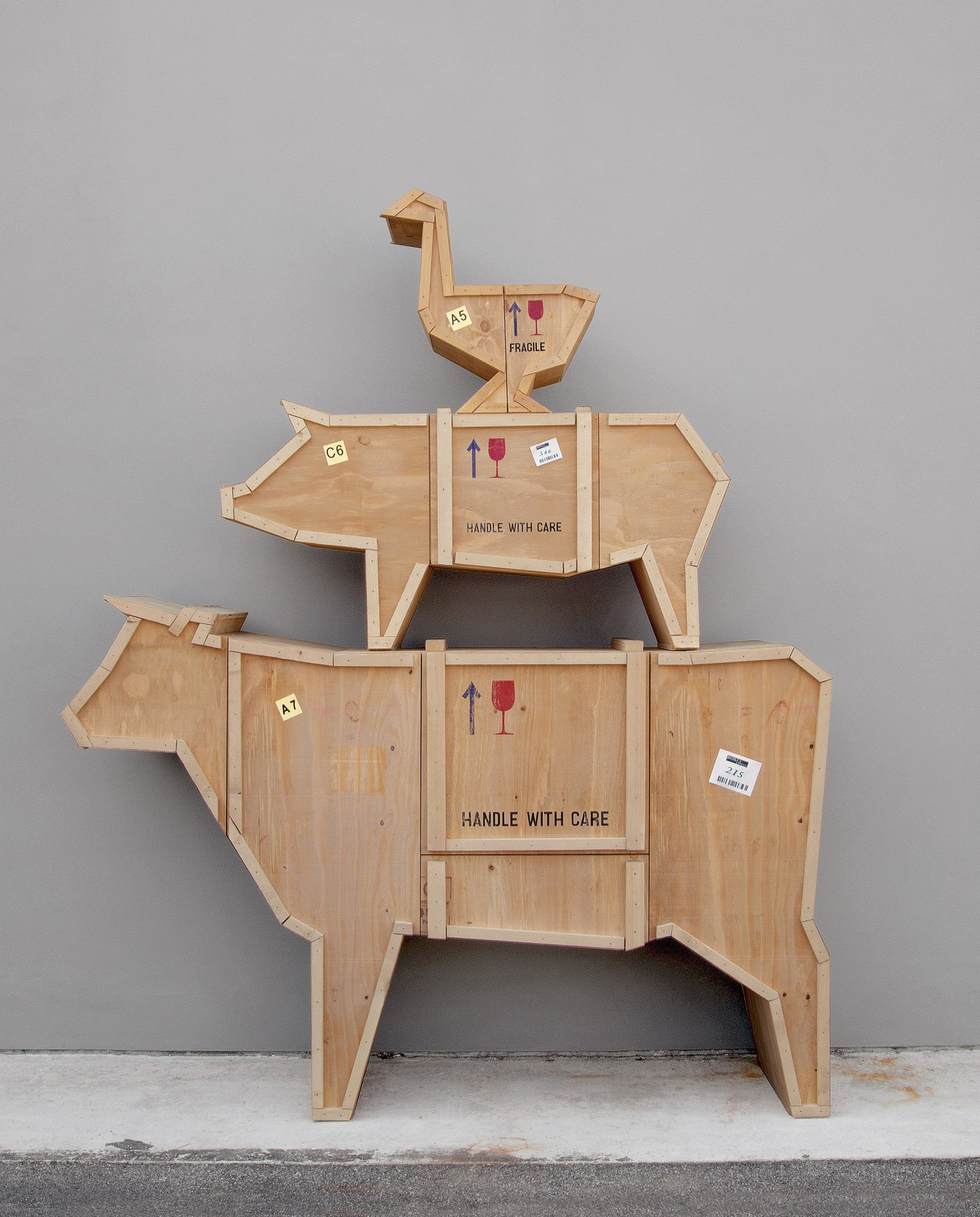 Superbe ... Sending Pig Animal Wood Crate Furniture By Seletti ...