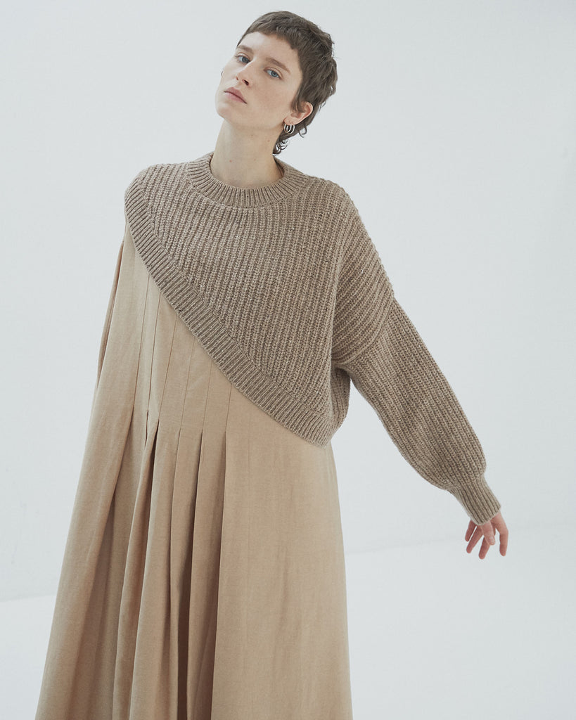 CAMEL SOFT WOOL ASYMMETRIC SWEATER