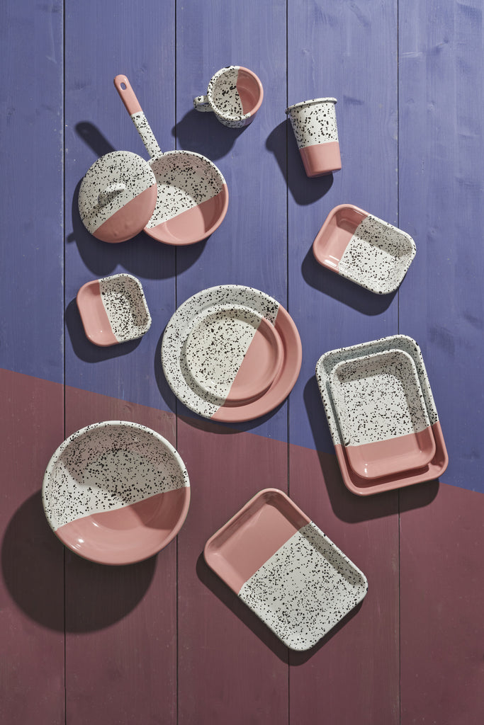 MIND - POP PINK CASSEROLE PAN