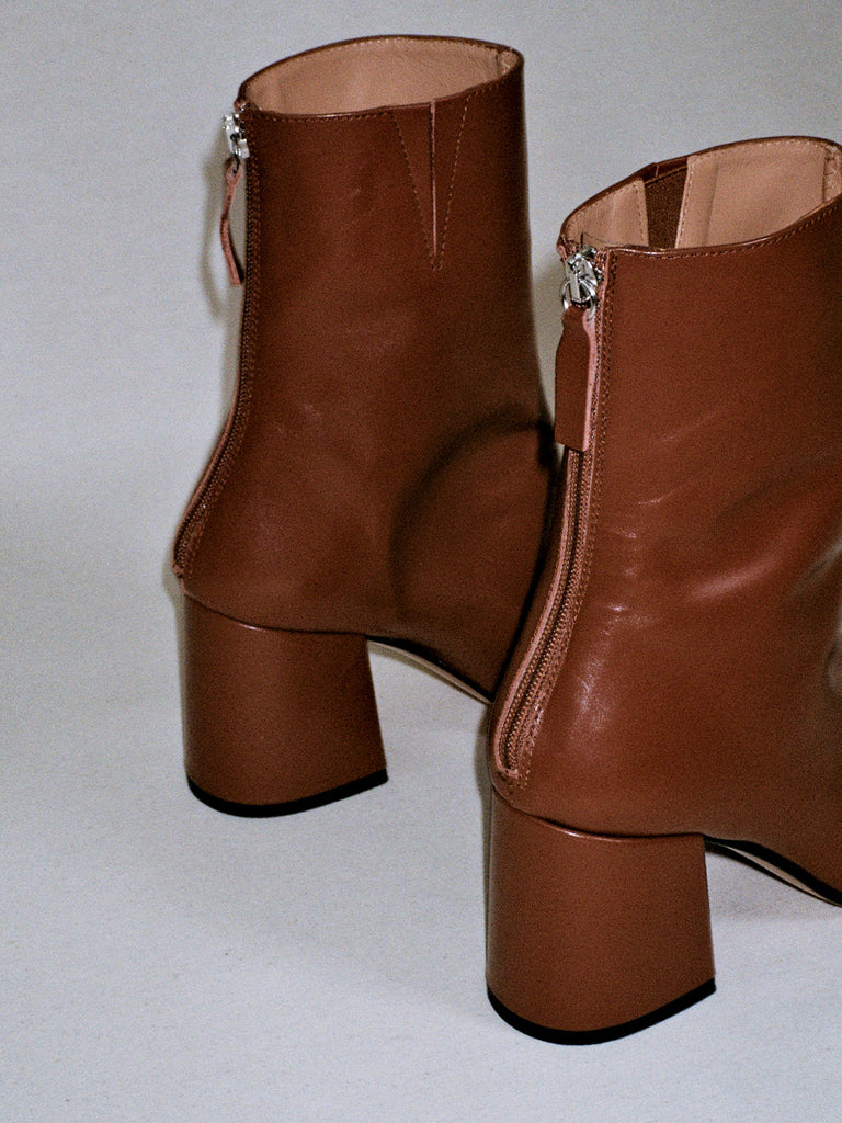 Nico Chestnut Boots