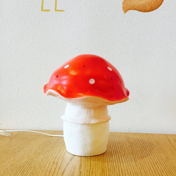 Mushroom Lamp with Curved Cape