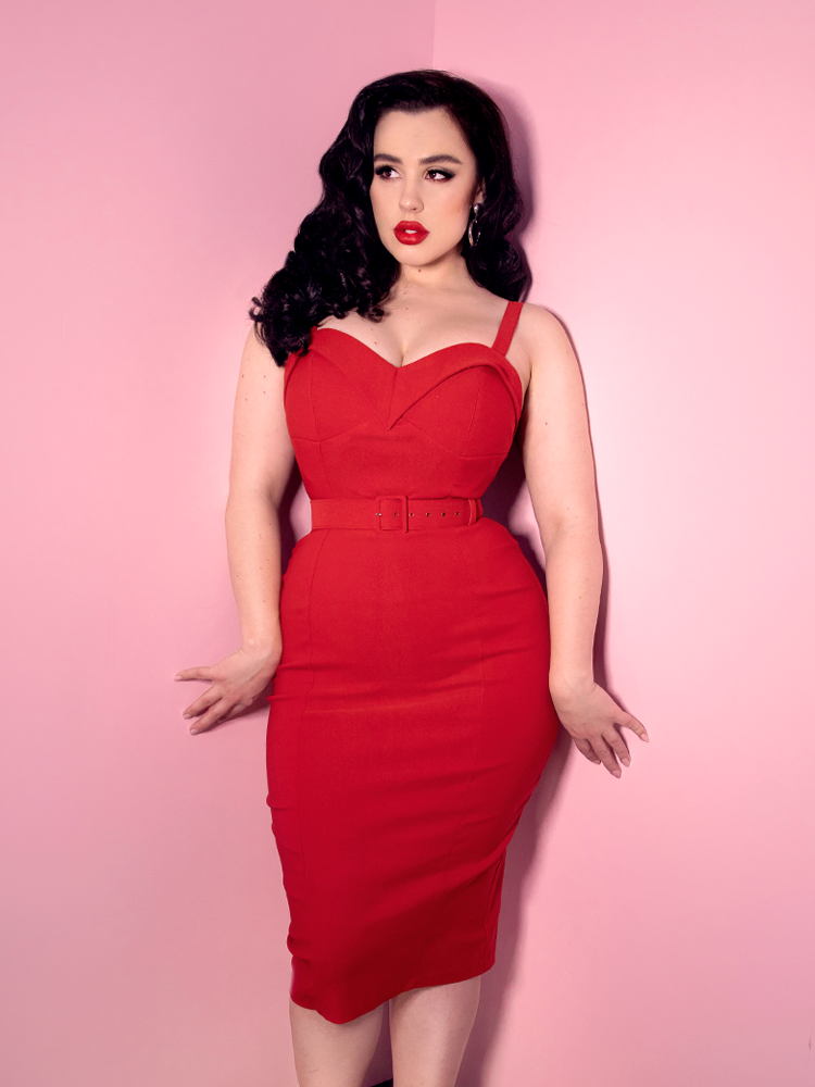 Maneater Wiggle Dress in Red Bengaline