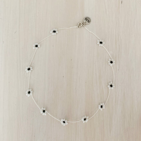 Daisy Chain Choker, Pearly White